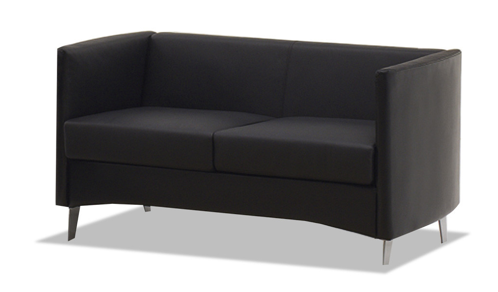 office sofa in black leather with silver color metal legs