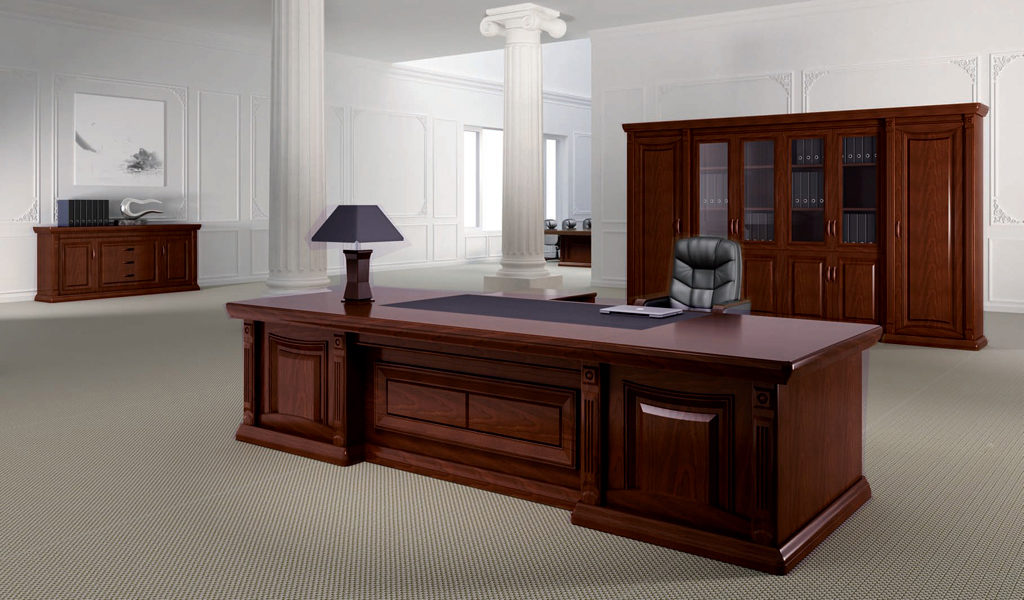 office table in a classical and traditional design