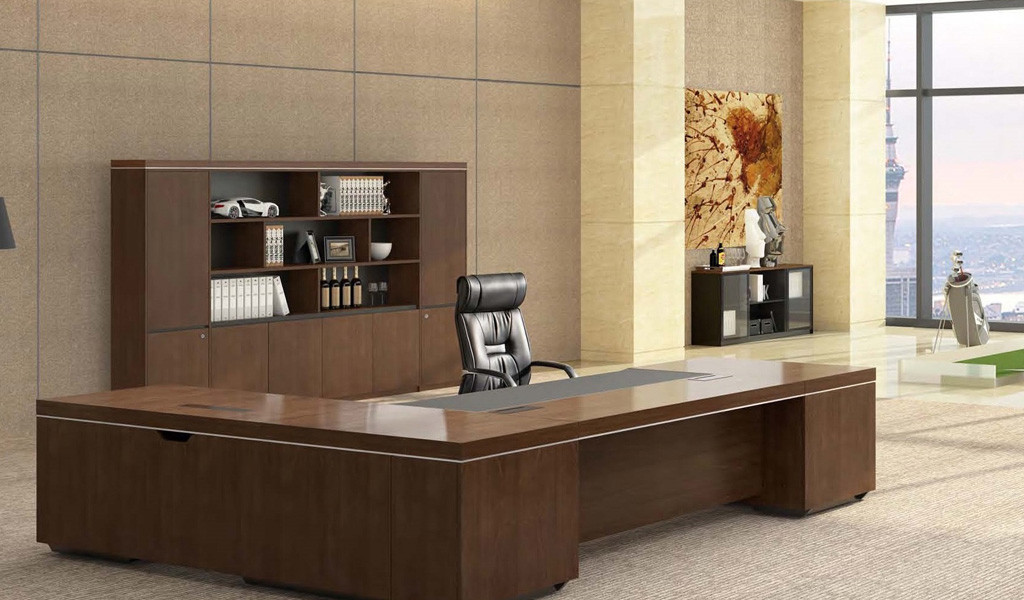 large office with L shape office desk in walnut veneer