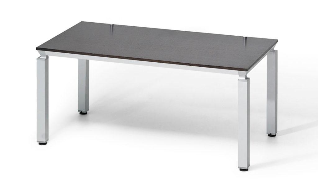 modular training table in veneer with aluminum legs