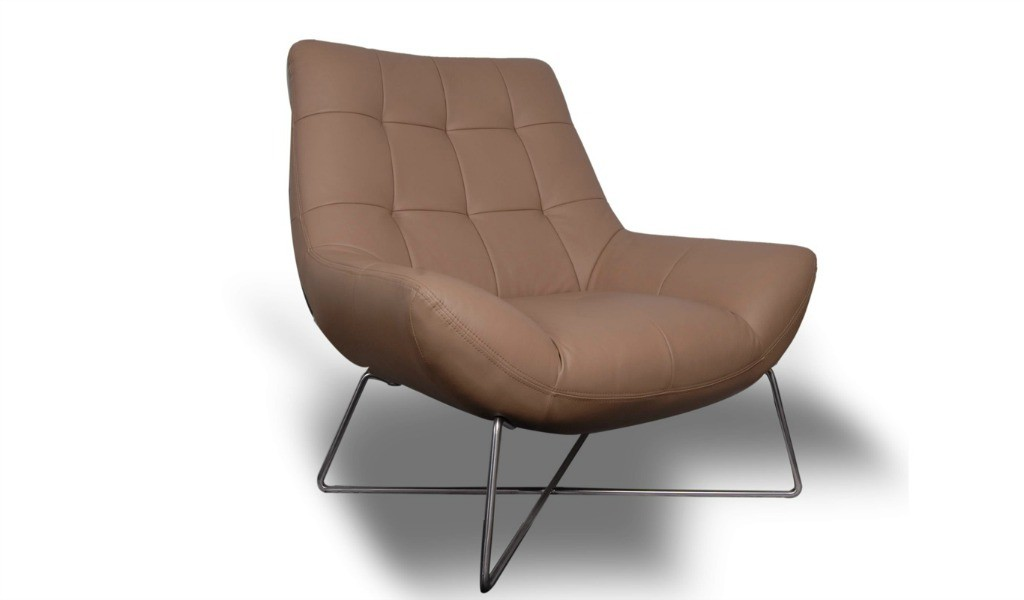 contemporary lounge chair in beige leather