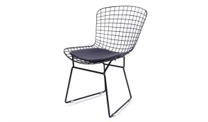 outdoor chair in powder coated black wire with PU seat pad